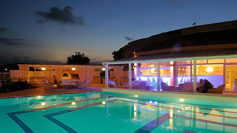 Paradise Island Villas - 5*